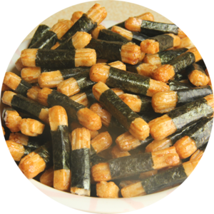 Rice crackers seaweed